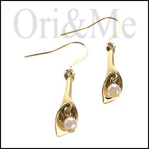 lily-earrings