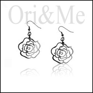 rose-deco-earrings
