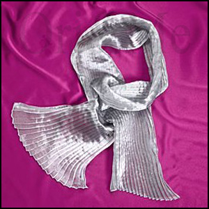 silver-party-scarf